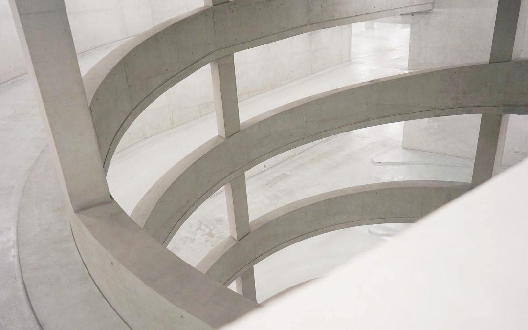 ¿Como se fábrica el vidrio curvado?